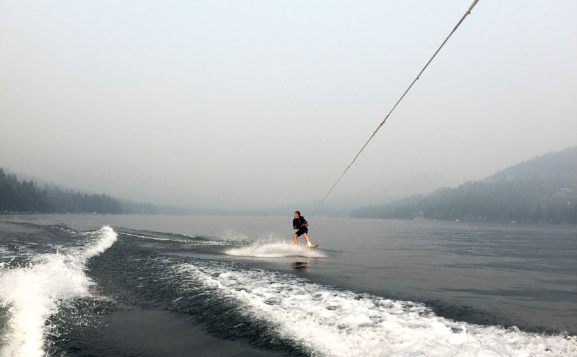 sierra-tahoe-wakeboard