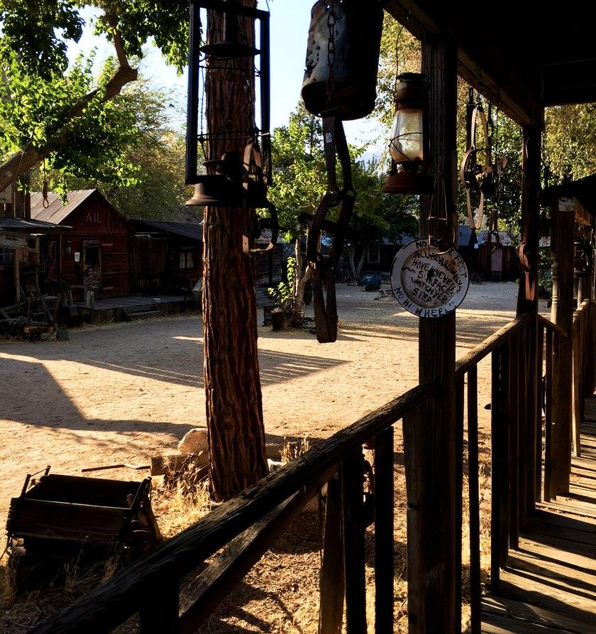 sierra_ghosttown2_web
